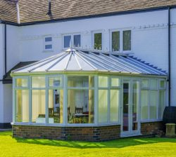 lean to conservatory on back of house